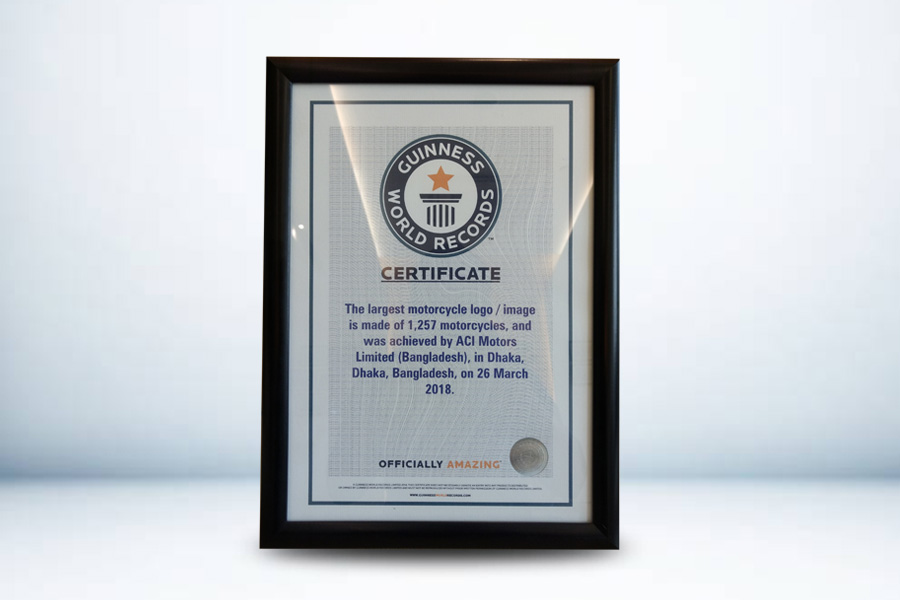 Certificate for the largest motorcycle logo/image